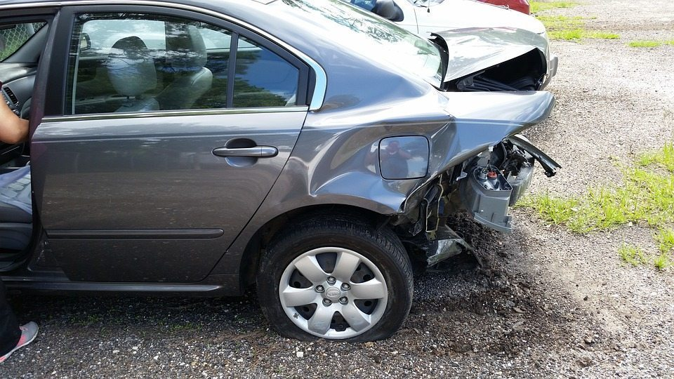 Rear End Collision: What To Look For? | Great Plains Auto Body Shop Omaha